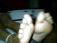 Teen ebony toes