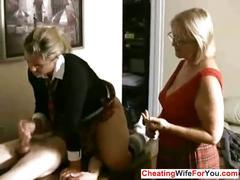 Mature boss likes to see handjobs
