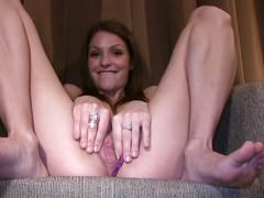 Skinny babe,lola using vibrator masturbation