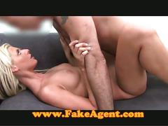 Amateur blonde charmer fucked in casting