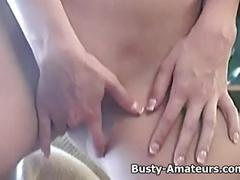 Busty chick lisa neils with her sticky fingers