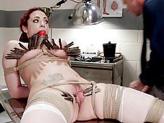 Milf can take a lot of clips