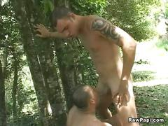 Spurts filled outdoor anal bareback