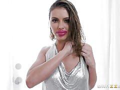 Adriana chechik sucks fat dick