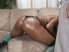 Tattooed black girl takes bbc