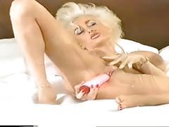 Dolly buster & suraya