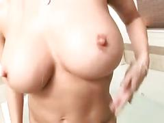 Busty slut bath tub bate
