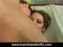 Dirty milf gets an anal fisting