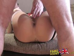 Fakeagentuk casting couch amateur gets creampied against desk