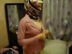 Hijab girl very horny