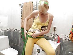 Alice does her housework and has fun