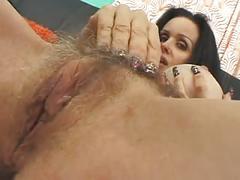 Esporrando ratinhas peludas