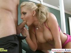Sporty blondie phoenix marie fucking