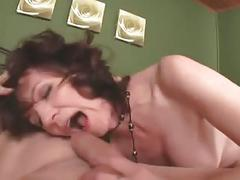 Fuck mommy's hairy pussie by airliner1