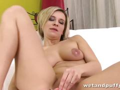 Bianca ferrero is playing with her juicy pussy