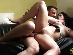 Horny babe gets her ass drilled