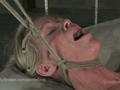 Asphyxia noir face fucked until her makeup runs