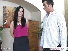 Brunette milf india summer gets banged