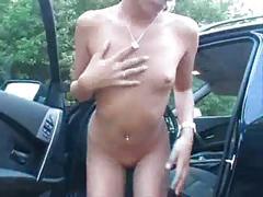 Girl im auto