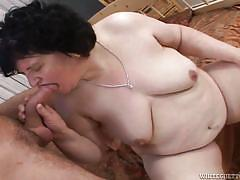 Fat granny fed with cock @ look at the old people fucking #03
