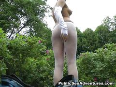 Girl in white fishnets fucks in the park
