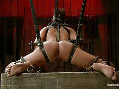 Punk slut in chains just loves her punishment