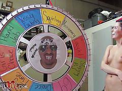 She used the wheel of sex and now sucks it