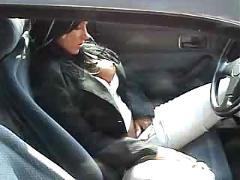 Jill am auto geblasen