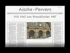 2 schlampen am hbf frankfurt gefickt