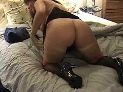 Busty milf in stockings