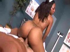 Roxy reynolds 04 cj187