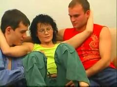 Mature lady fucking withtwo boys
