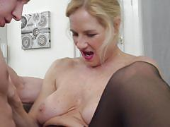 blonde, mature, high heels, big boobs, kitchen, pussy licking, pussy fingering, black stockings, mature nl, molly maracas