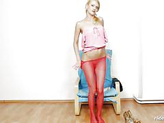 Czech chick inserts pantyhose in her pussy