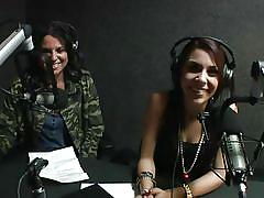 Hot brunettes live @ season 1, ep. 223