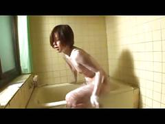 Satsuki sensual bath