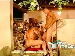 Italian studs strips off and fucks in threesome