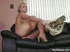 Blonde slut alexis malone gets her pretty frame used