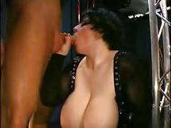 Latex-femdom-bbw with skinny slave-girl