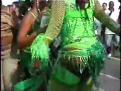 Caribbean cameltoe!!