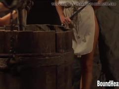 vr porn, 180, lesbian punishment, punishment, slave punishment, slave whip, whip