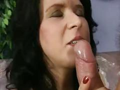 Horny mature goes for it
