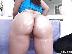 Big booty milf kneels for cock