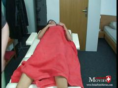 Amanda 18 - sex games with teen on a massage table