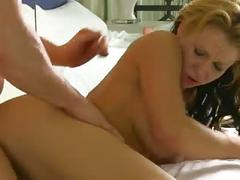 Amazing milf loves it