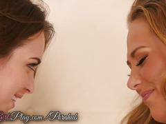 When girls play - carter cruise and riley reid make out