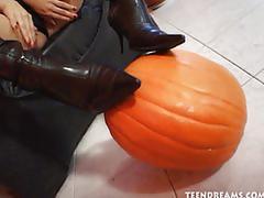 Eva pumpkin