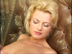 Girly seduce with shaved pussy