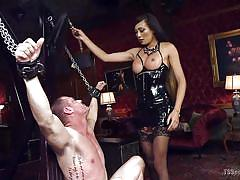 Venus is in control and humiliates her slave