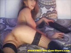 Sexy stockings brunette masturbates show on webcam